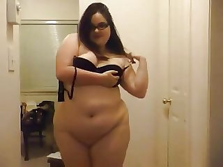 big beautiful woman ChubolateChip does striptease