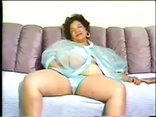 Chubby swarthy granny with biggest billibongs