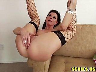 MILF anal sex