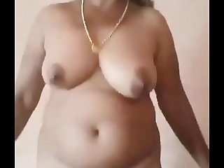 Desi mature aunty nude